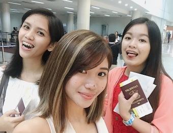 Epek ang highlighted hair ko charot haha